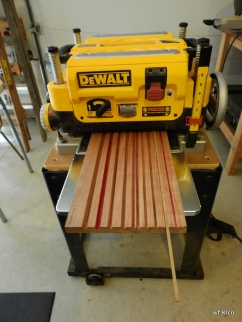 Rough beveling on a surface planer